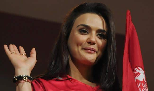 Preity-Zinta---Royal-Challengers-Bangalore---Kings-XI-Punjab-3