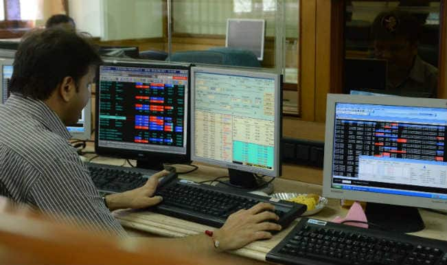 Sensex continues to decline on weak Asian cues; down 104 pts