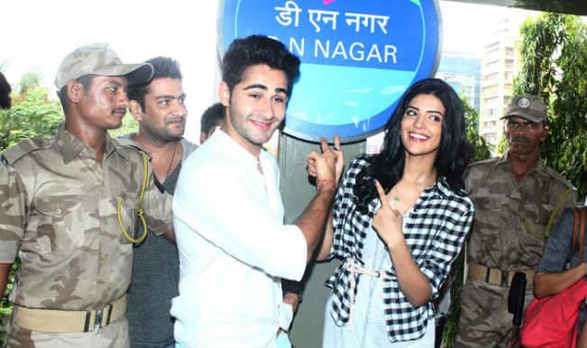 'Lekar Hum Deewana Dil' lead pair Armaan Jain and Deeksha Seth take their first Mumbai metro ride!