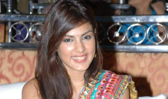 Rhea Chakraborty stars in 'Bank Chor'