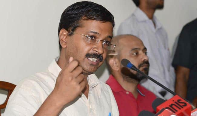 Arvind Kejriwal tells auto drivers to trap policemen who bribe