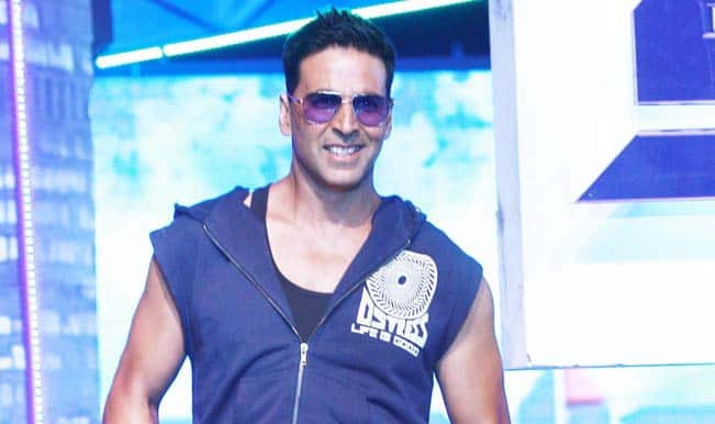 Akshay Kumar lip-syncs to woman's voice