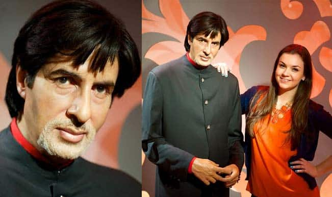 Do you want to strike a picture-perfect pose with Amitabh Bachchan?-fly Down Under!