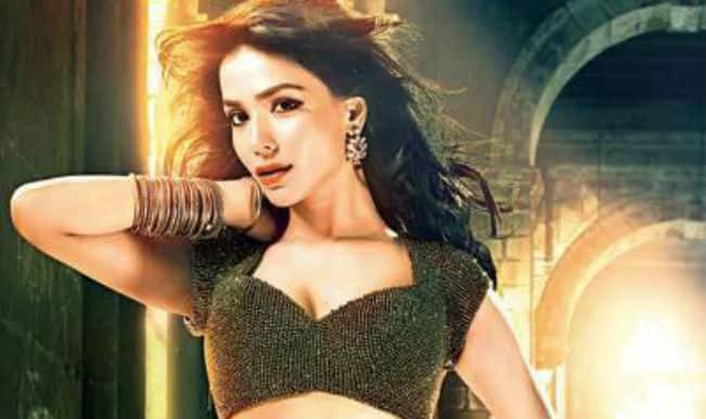 'If I'm a good actor, I don't need bikini', says Raja Natwarlal's actress Humaima Malick