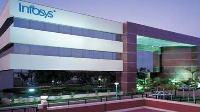 IT stocks rise ahead of Infosys earnings
