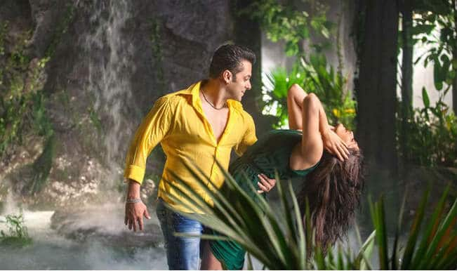 Salman Khan to kiss in Kick: Is Salman giving competition to Aamir Khan?