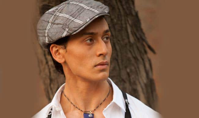 Is Tiger Shroff an obedient student?
