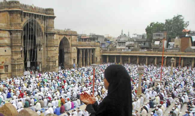 With joy and prayers, Muslims celebrate Eid in India