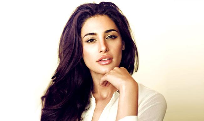 Nargis Fakhri shoots item song for 'Saahasam'