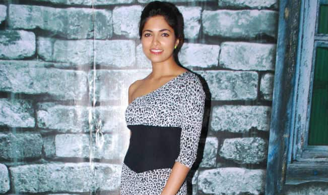 My debut film was not promoted well: Parvathy Omanakuttan