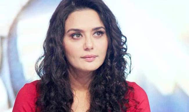 "Preity Zinta shoots with Saif Ali Khan for ""Happy Ending"""