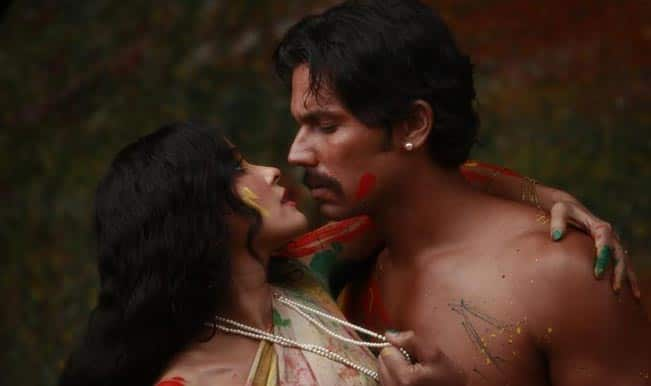Randeep Hooda's erotic movie Rang Rasiya will release in Diwali