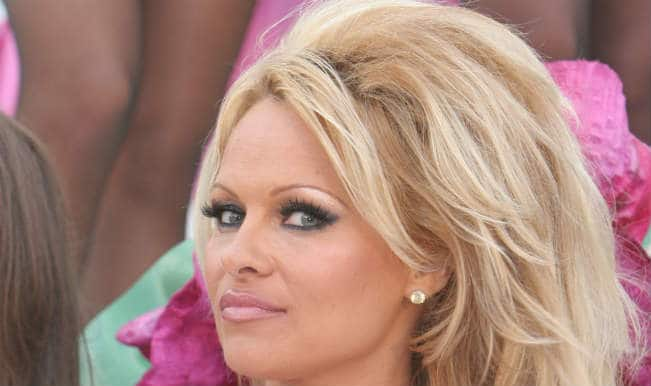 Pamela Anderson refuses to participate in the Ice Bucket Challenge