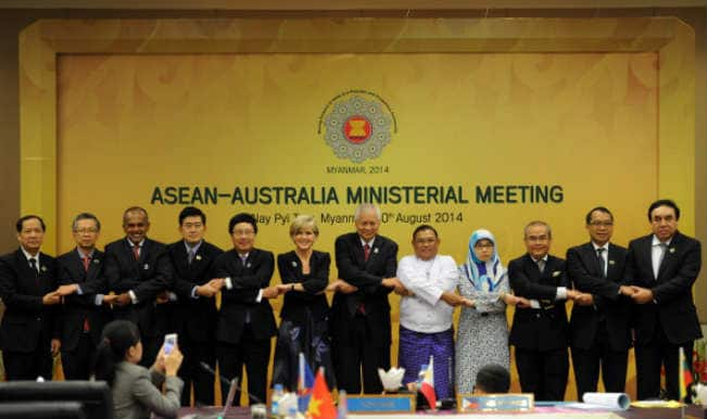 Sea row overshadows China, Southeast Asia, US talks
