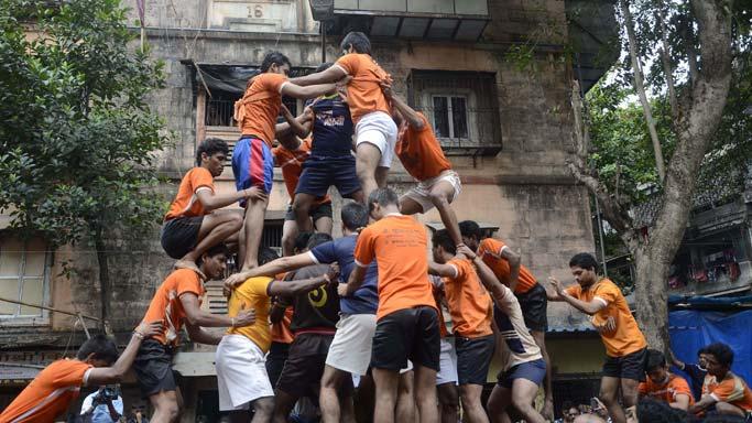 Colourful Dahi Handi fest draws millions in Mumbai