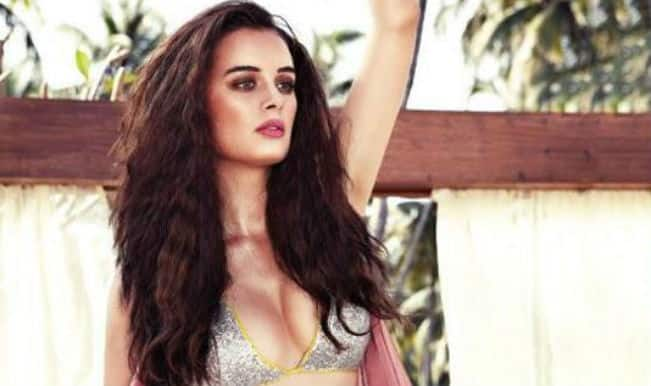 Evelyn Sharma wants to do performance oriented films in Bollywood!