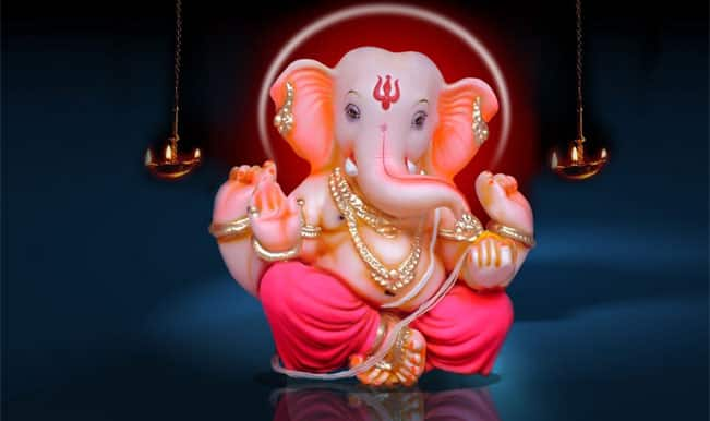 Ebola Awareness in Mumbai: Ganesh Mandal takes up an amazing initiative this Ganeshotsav