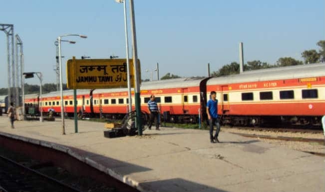 Kolkata-bound Jammu Tawi express escapes landslide near Gaya
