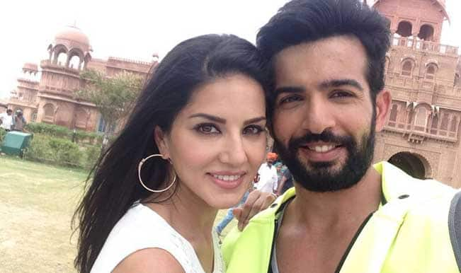 Sunny Leone spotted with Jay Bhanushali: View pic