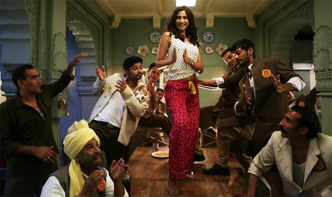 Khoobsurat song Engine ki seeti: Have you seen Sonam Kapoor's booty-shaking moves?