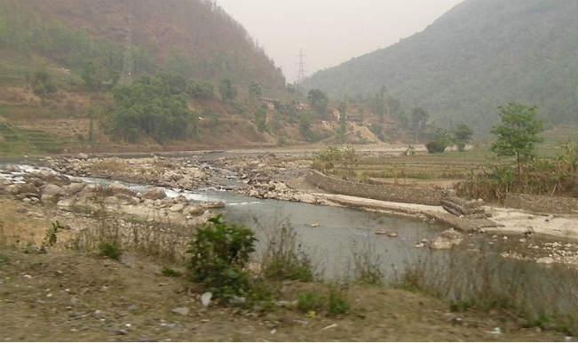 Water increases in Kosi River following blast in Nepal