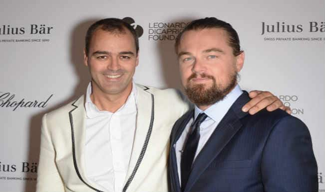 Leonardo DiCaprio completes Ice Bucket Challenge and donates to the foundation