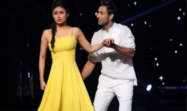 Mouni Roy's Jhalak Dikhhla Jaa 7 performance dedicated to father