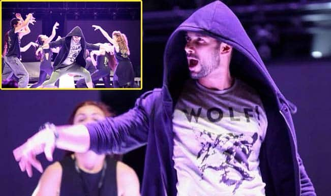 Shahid Kapoor rocks London with his dance moves!