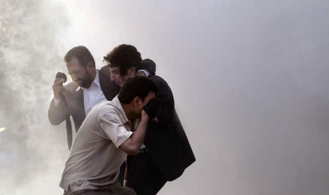 Police fire tear gas on protesters in Islamabad