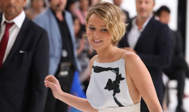 Jennifer Lawrence and Kate Upton's nude photos at art exhibit