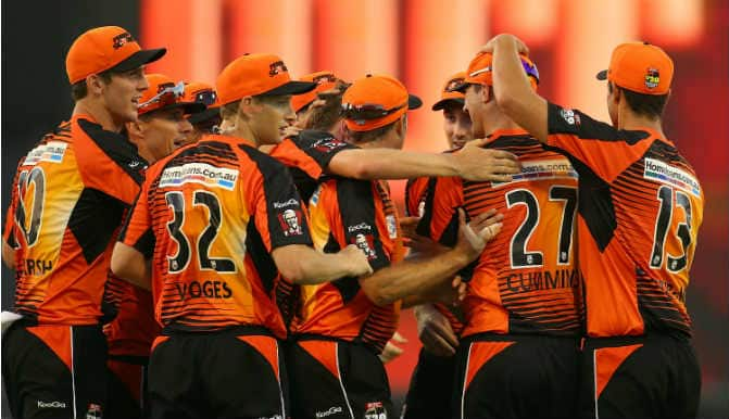 Dolphins (DOL) vs Perth Scorchers (PRS) Live Cricket Score Updates of CLT20 2014: Perth Scorchers seal sensational 6-wicket win over Dolphins