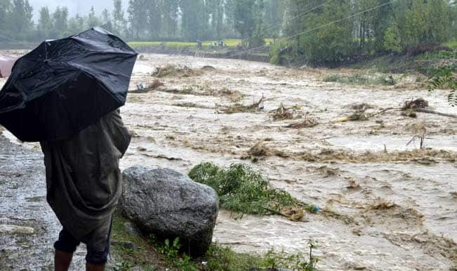 Flood leaves behind trail of devastation in Srinagar
