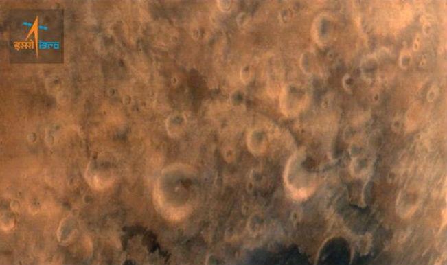 Mars images presented to Narendra Modi