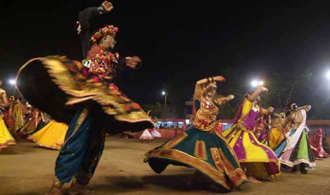 Navratri 2014: Watch what Gujaratis say during Garba