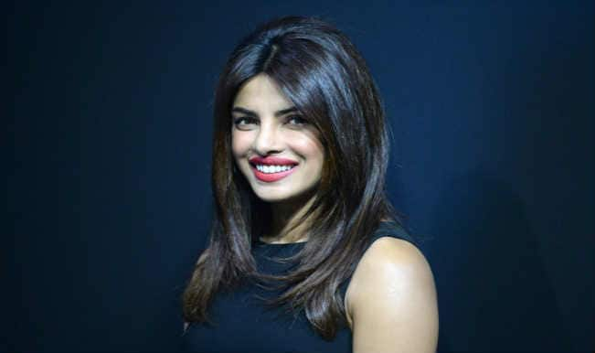 Priyanka Chopra wishes goodluck to Arjun Kapoor with handwritten note