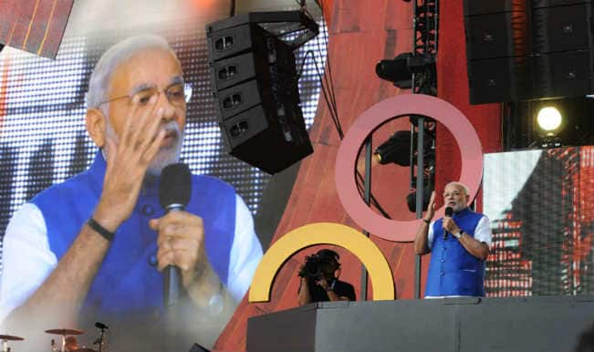 Narendra Modi at rock concert, calls for world peace; evokes youth power
