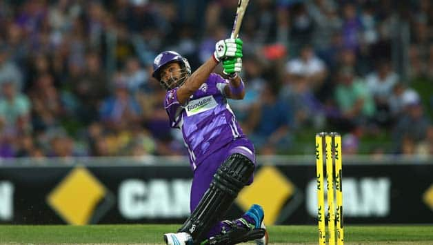 Champions League T20 2014: Hobart Hurricanes recover from early jitters to post 144/6 against Kings XI Punjab