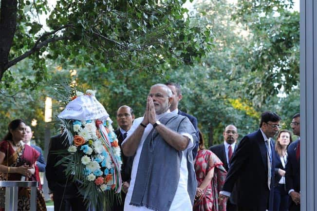 Narendra Modi should grant voting rights to Indian diaspora in US