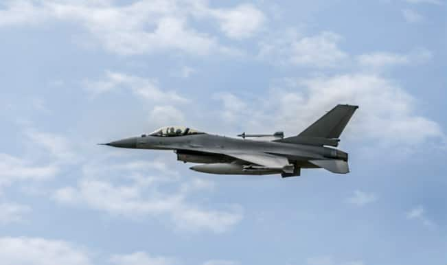 United States warplanes drop leaflets on Iraqi city
