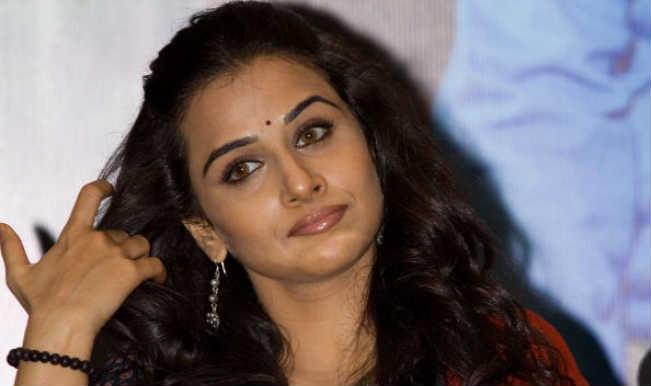 Vidya Balan to being shooting for Humari Adhuri Kahaani in Kolkata on Ashtami