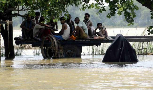 Jammu and Kashmir floods: Rains briefly hit relief operations, another 60,000 evacuated