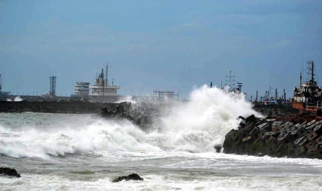 Cyclone Hudhud: Prime Minister Narendra Modi holds emergency meeting to review preparedness for storm
