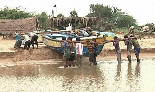 Cyclone Hudhud: Road link between Koraput and Andhra Pradesh restored