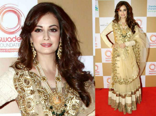 Diwali2014 style tips dia mirza s top 6 traditional looks you can