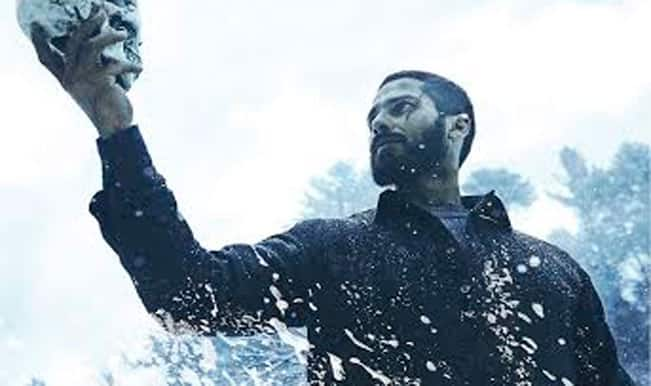 Haider Movie Review: Shahid Kapoor, Irrfan Khan, Kay Kay Menon and Tabu's power packed version of Hamlet calls for witty audience