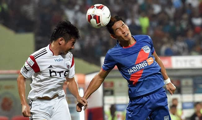 NorthEast United FC outclass 9-man Mumbai City FC 2-0 in their first away game of ISL 2014