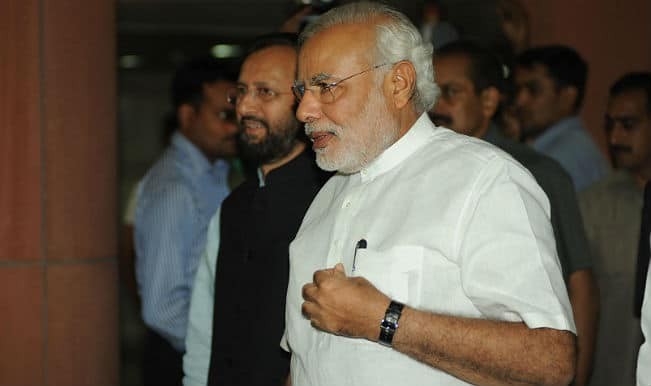 Narendra Modi reviews relief operations in cyclone-affected areas