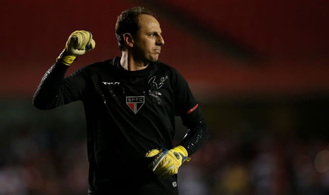Rogerio Ceni set to break Ryan Giggs' Guinness World Record