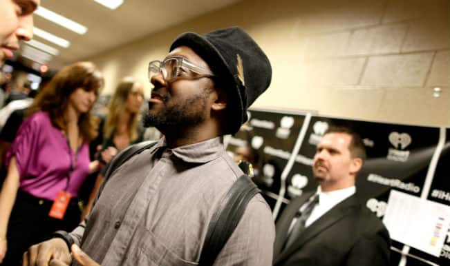 Will.i.am vents anger at airline