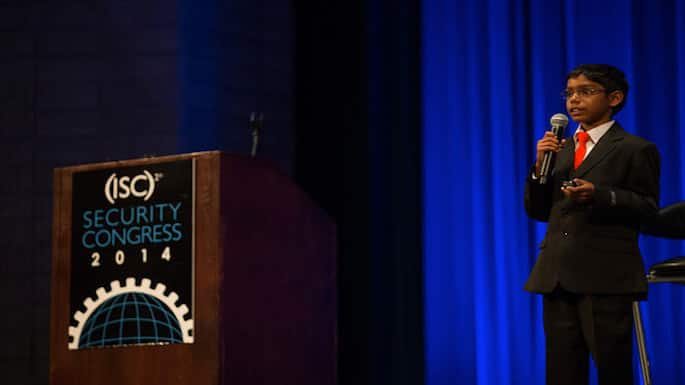 8-year-old Indian American Entrepreneur is Keynote Speaker at Cyber Security Conference in New Delhi